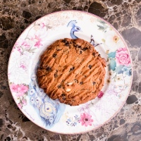Recipe: Dark Chocolate Salted Peanut Butter Cookies